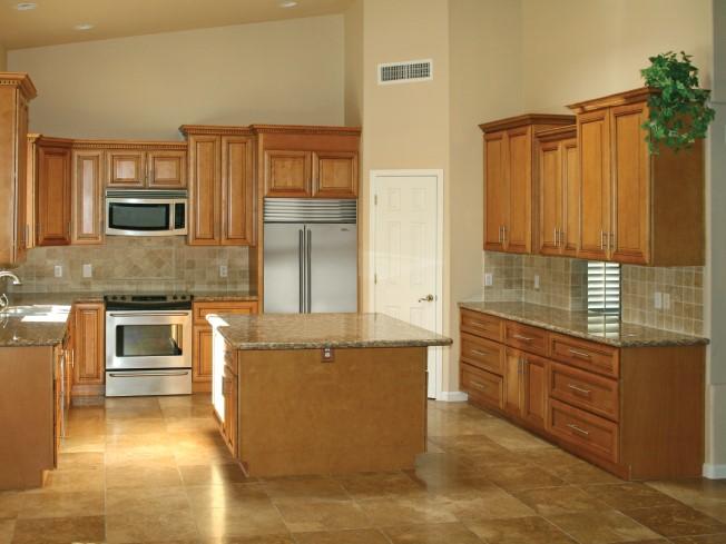 Calumet Ivory Kitchen Cabinets